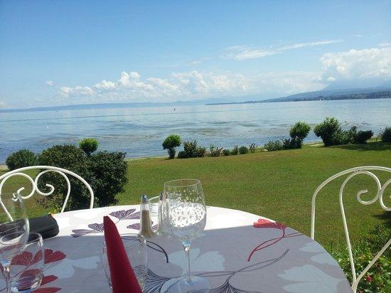 Hôtel-Restaurant de la Plage: vue depuis la terrasse