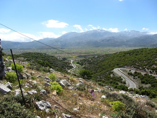 Dikteon Grot - Foto van Lassithi Plateau, Lasithi ...