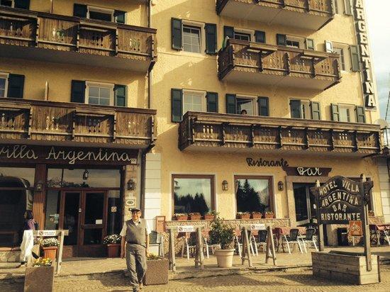 Hotel Villa Argentina: Front