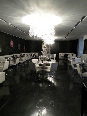 Be Manos: Salle à déjeuner