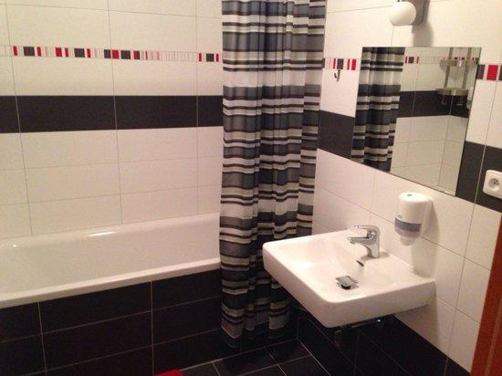 AS Club: Bathroom