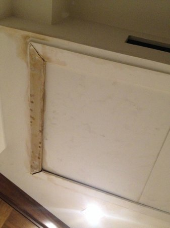 Art Hotel: Mold air-conditioning unit