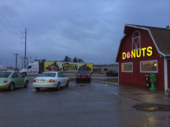 Daylight Donuts : Great place!!