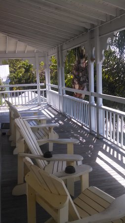 Chelsea House Hotel in Key West: Balcony over Truman.