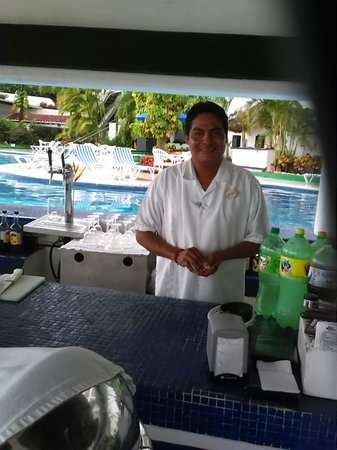 Park Royal Puerto Vallarta: OMG ESTABAN IS THE BEST!!! I can't forget Fernando & their tour guide Carlos