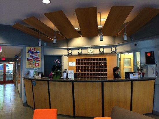 YWCA Hotel Vancouver: Reception