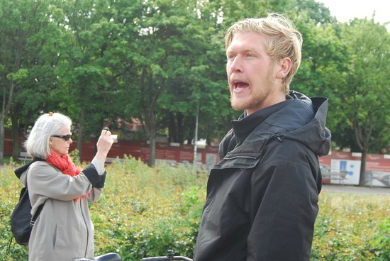 Fat Tire Tours Berlin: Neil telling us about the Siegesaule