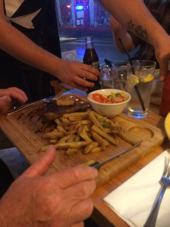Paolo's Kitchen: Steak and chips