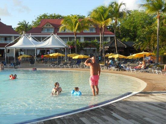 Pierre&Vacances Village Club Sainte-Anne : piscine