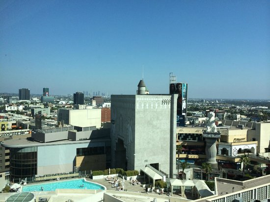 Loews Hollywood Hotel: City View from the 13th Floor