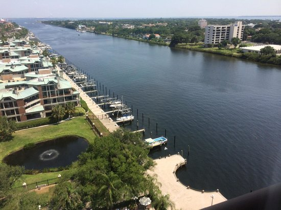 Westin Tampa Harbour Island: A view from our 12th floor balcony