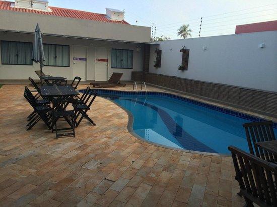 Concept Design Hostel & Suites: Pool