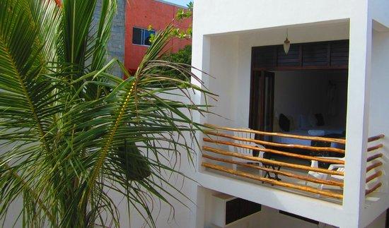 Hotel Latino: deluxe room balcony