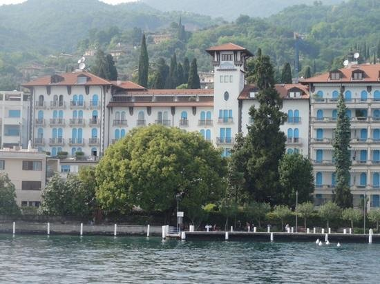 Hotel Savoy Palace: Savoy Palace Hotel from the Lake