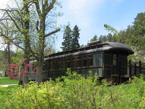 D.C. Booth Historic National Fish Hatchery : Restored Fish Rail Car