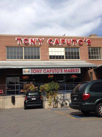 Tony Caputo's Market and Deli: Nice lunch spot