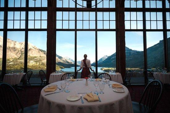 Alberta Canada Prince Of Wales Hotel Waterton