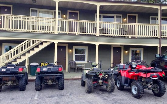 Mt Madison Inn & Suites: great place to stay