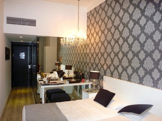 Vincci Baixa: Stylishly decorated room