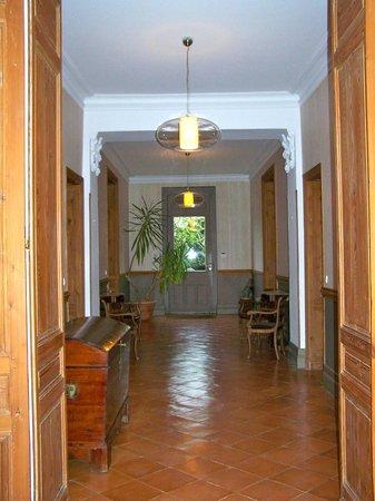 Chateau Ormes de Pez: Entrance