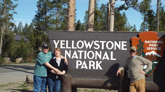Jackson Hole Wildlife Safaris - Day Tours : Entering Yellowstone with our guide Kyle