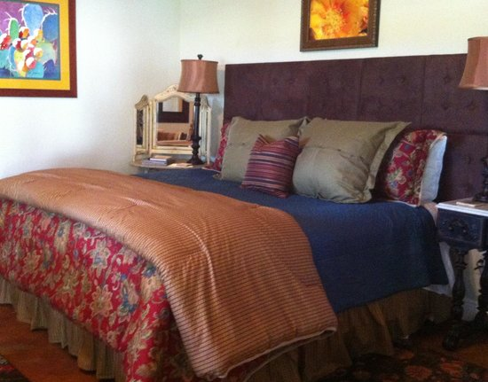 The Homestead on FoxRidge: Cactus Blossom Guesthouse