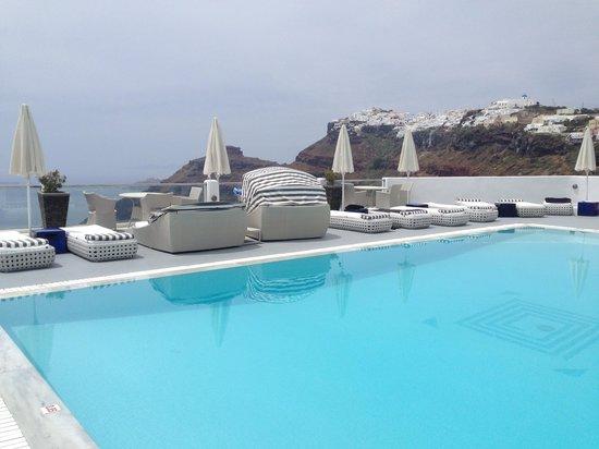 Belvedere Santorini: The pool