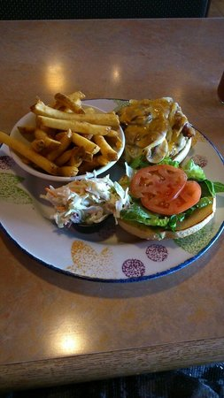 Red Rock Canyon : Burger and fries
