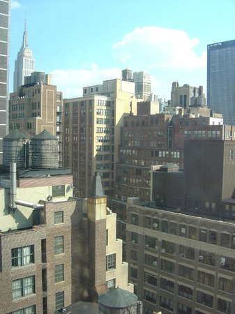 Four Points by Sheraton Midtown - Times Square: Empire State Building