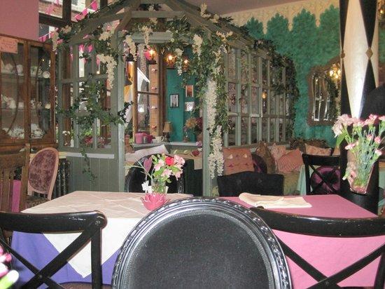 Richmond Tea Rooms: Indoor Garden