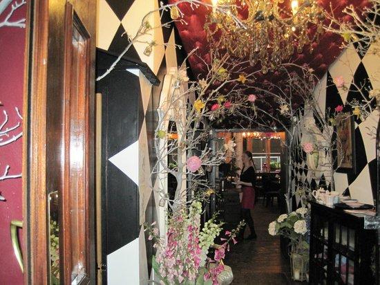 Richmond Tea Rooms: Unique decor