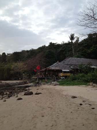 LaLaanta Hideaway Resort: Beach walk from la lanta