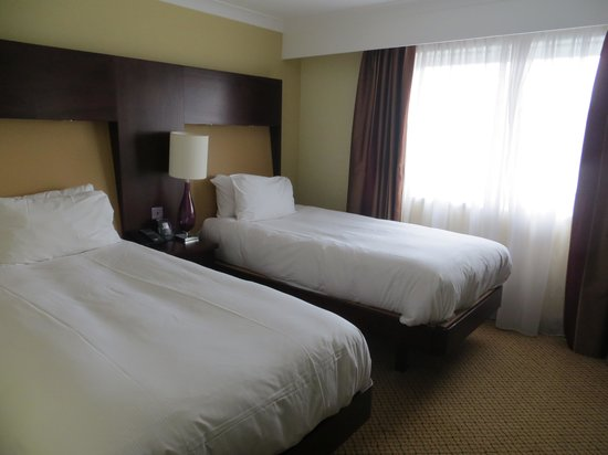 Hilton Bath City : Beds in twin room
