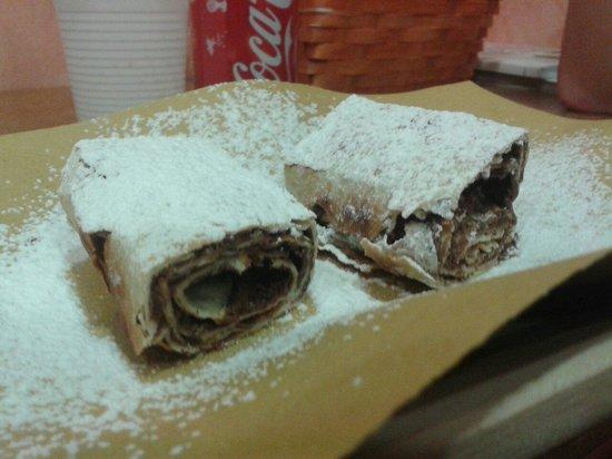 Piadina e Crescione: Great Nutella dessert!