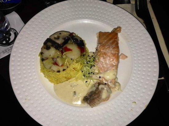 Paris en Scene - Diner croisiere: PLAT