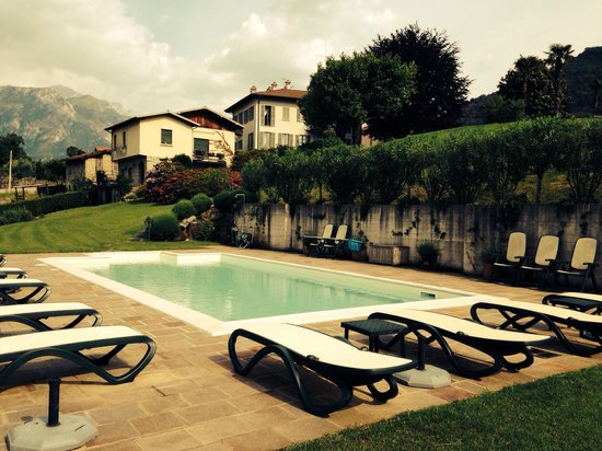 Il Poggio di Bellagio: Pool with a view