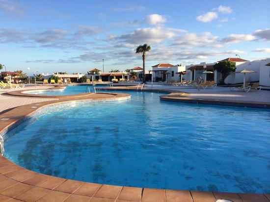 Castillo Beach: Pool Area