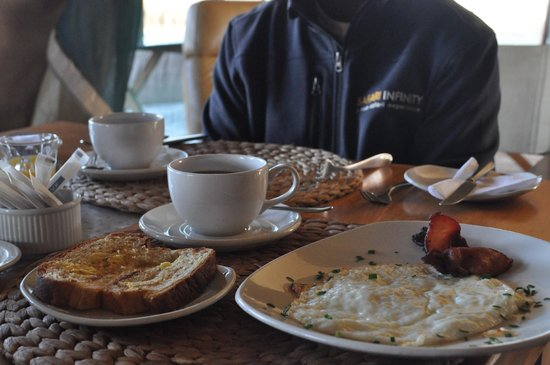 Lemala Ewanjan Tented Camp: Breakfast