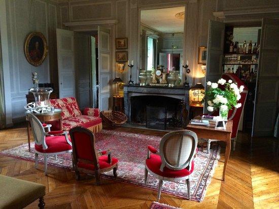 Chateau de Saint Paterne : The Salon