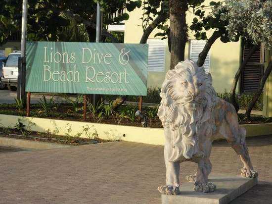Lions Dive & Beach Resort Curacao: Hoteleingang