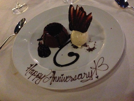 Prime Steakhouse : Complimentary dessert to celebrate our wedding anniversary