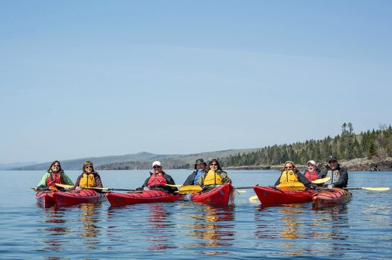 North Shore Expeditions -Day Kayaking Tours : On the water.