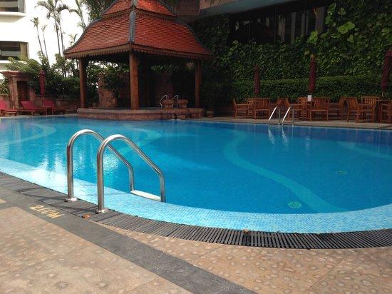 Landmark Bangkok: Hotel Pool