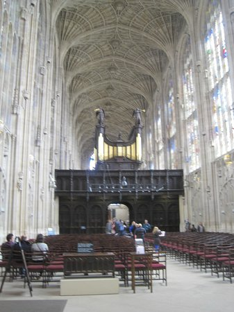 King's College Chapel : Views of the fan vaulting, with oak screen
