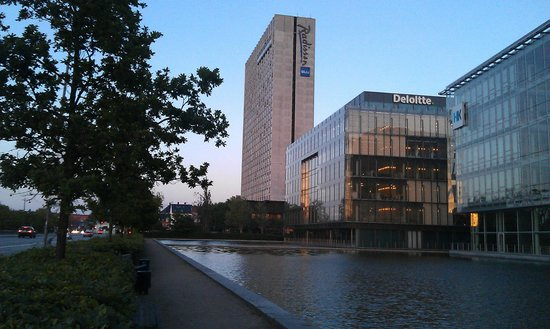 Radisson Blu Scandinavia Hotel, Copenhagen: Close to metro, parks and main central objective...