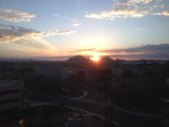 Radisson Hotel Phoenix Airport: Sunrise