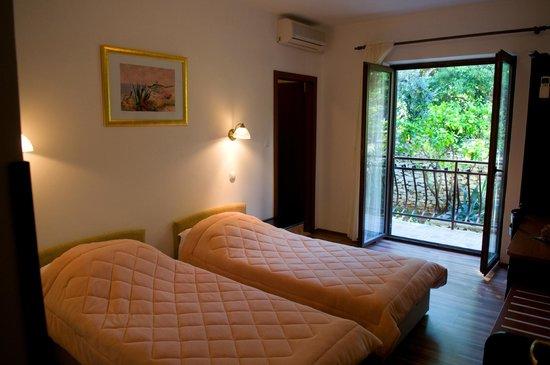 Arbanija, Hrvatska: Standard room - Twin