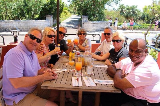 Swizzle Inn: The Gang of New York and Ricky our tour guide