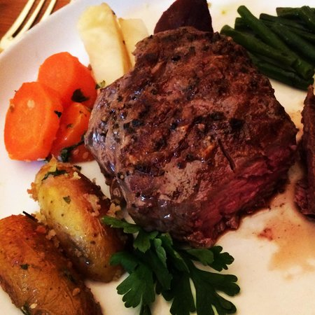 Old Vienna Restaurant: Fillet of beef