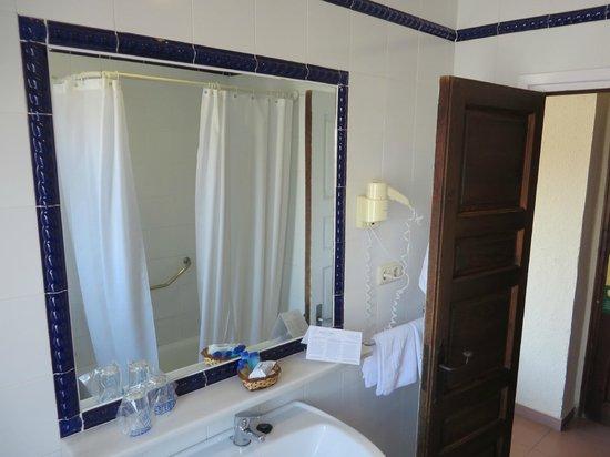 Hotel Lima Marbella: Bad